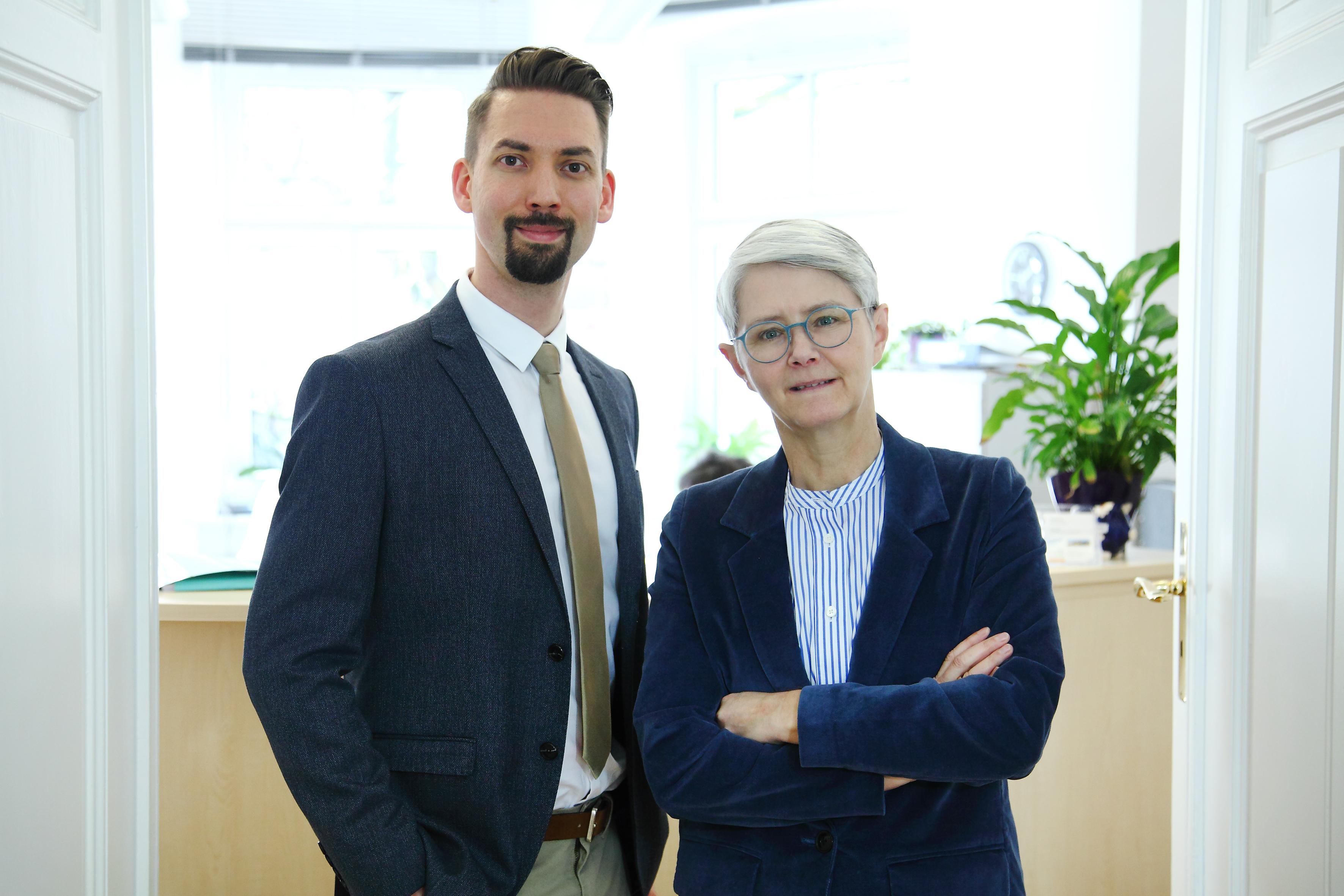 Fachanwälte für Familienrecht und Erbrecht: Amanda Escherich und Stefan Wenzel in Regensburg